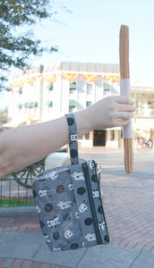 Touch Screen Wristlet - Gray Fab 5