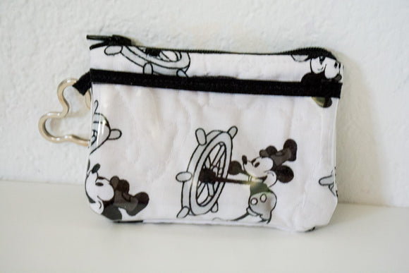 Keychain ID Wallet - Steamboat Willie
