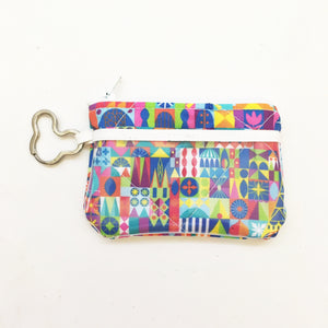 Keychain ID Wallet - Colorful Small World