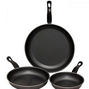 Non-Stick Frying Pan (Set Of 3) - Universal - The RegistryNg™