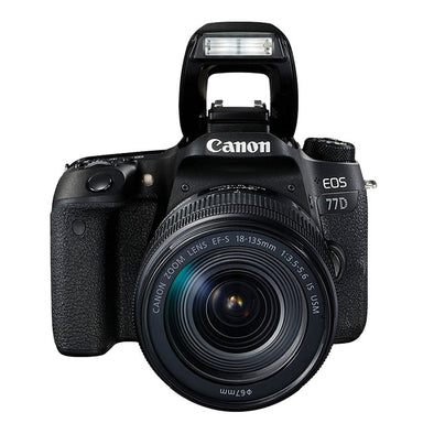 CANON EOS 77D + 18-135 IS