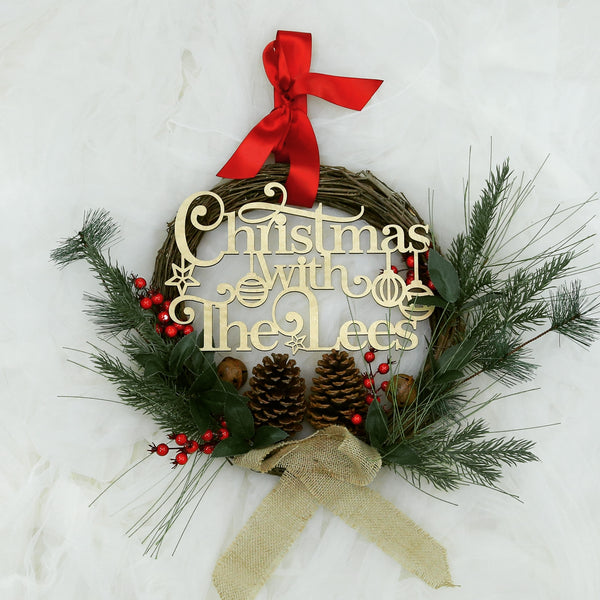 Noel - Personalised Wreath Christmas Decoration with Family Plaque