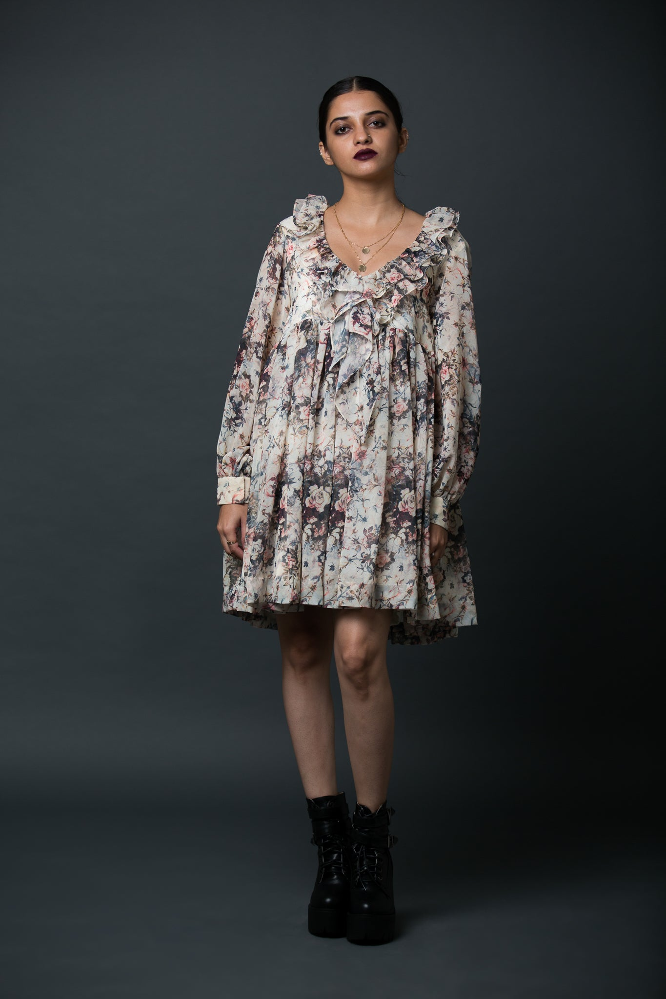Levana - Vintage floral printed frill dress