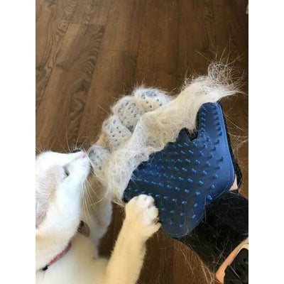 $18.50 - TRUE TOUCH 5-FINGER DESHEDDING GLOVE (AS SEEN ON TV) (4) TRAVEL PETS