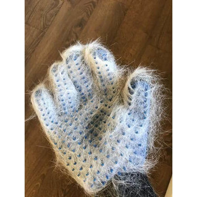 $18.50 - TRUE TOUCH 5-FINGER DESHEDDING GLOVE (AS SEEN ON TV) (3) TRAVEL PETS
