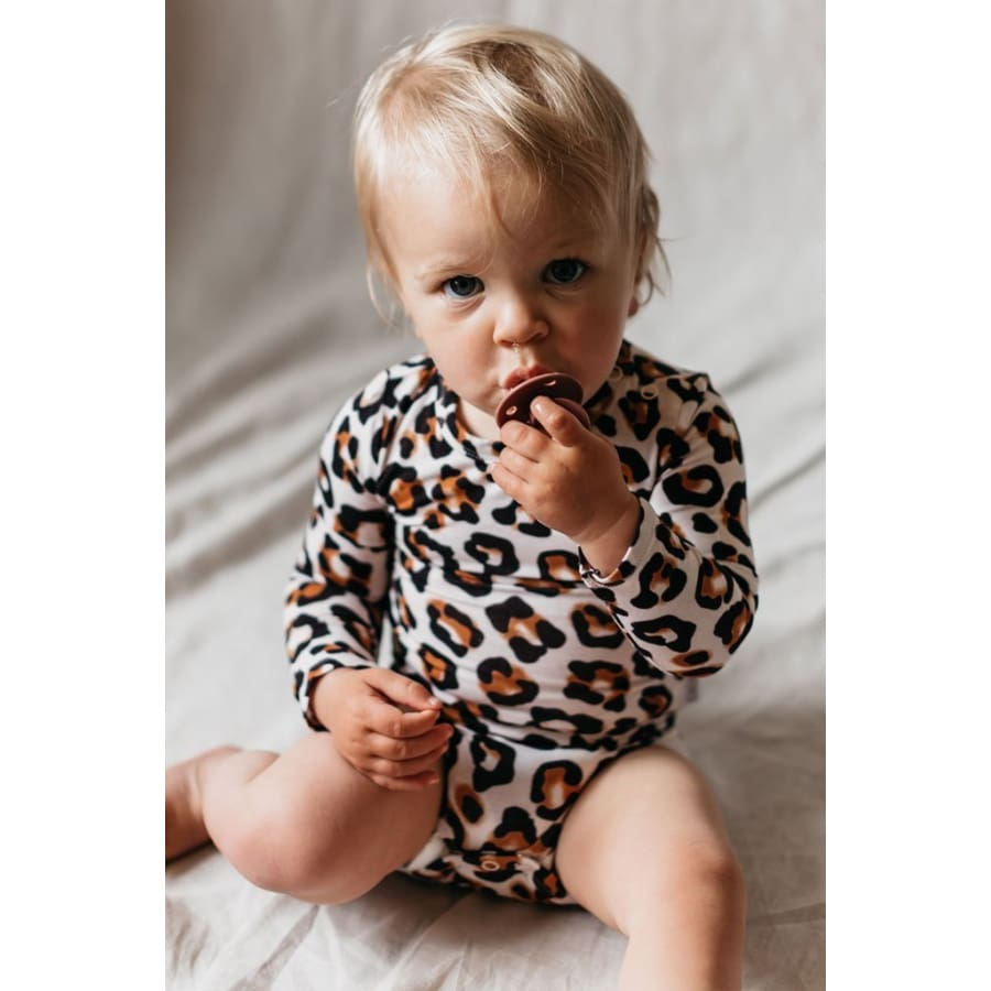 OiOi Long Sleeve Bodysuit - Natural Leopard - 0-3 Months - Bamboo Clothing bamboo, oioi