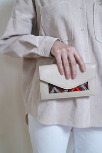 Lalla Wallet nude and red patterns
