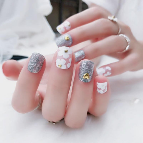 24pcs/Set Heart Flower Flash Powder False Nails - little-darling-fashion-online