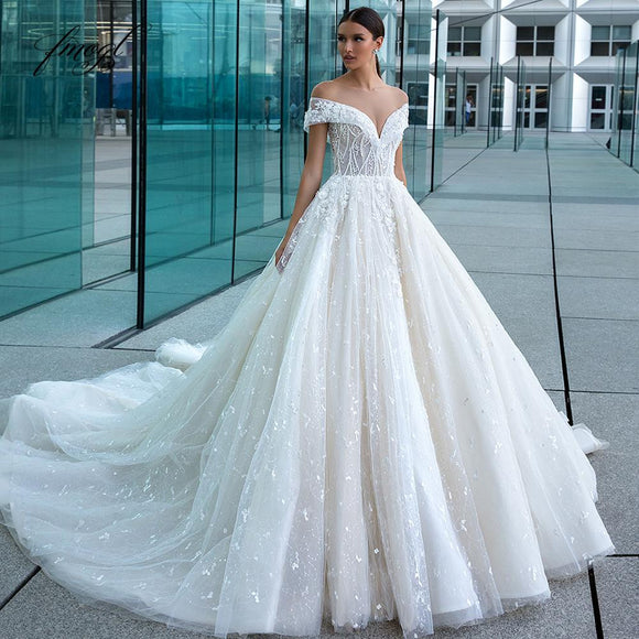 Short Sleeve Scoop Neck Lace Princess Wedding Dress