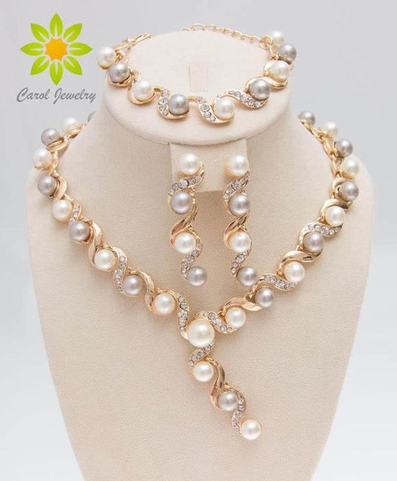 Free Shipping 2017 Fashion Simulated Pearl Necklace Bracelet Earrings