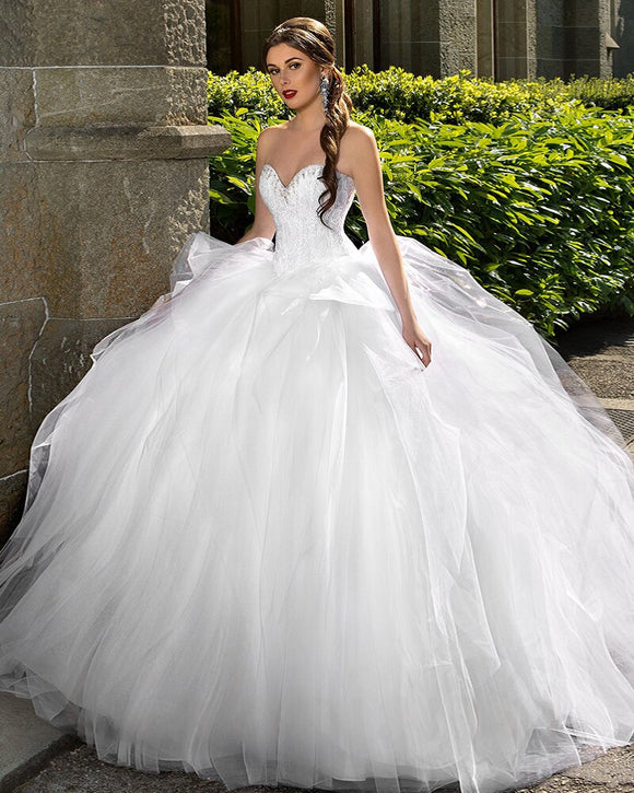Gorgeous Ball Gown Wedding Dress with Big Petticoat by PickAProduct