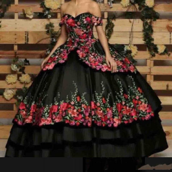 2020 Romantic Off The Shoulder Quinceanera Dresses 3D Flowers Appliques Sweetheart Embroidery Formal Sweet 16 Prom Party Gowns