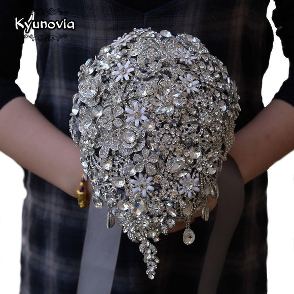 Kyunovia Cascading Teardrop Bouquet by Pick a Product