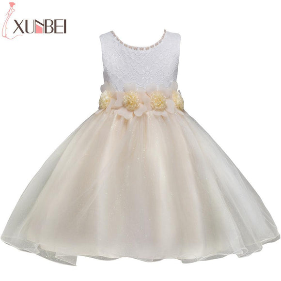 Lovely O Neck Beaded Birthday First Communion Dresses Petals Sleeveless Ball Gown Flower Girl Dresses for Weddings Evening Party