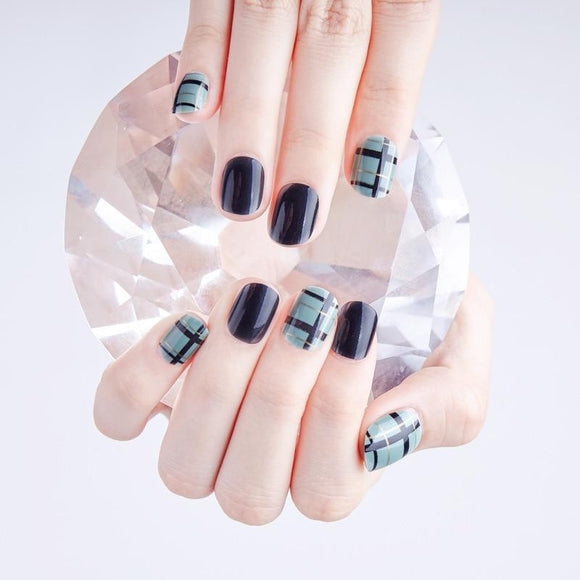New 24 pieces Retro False Sticker Nail Tips With Glue Gel - little-darling-fashion-online