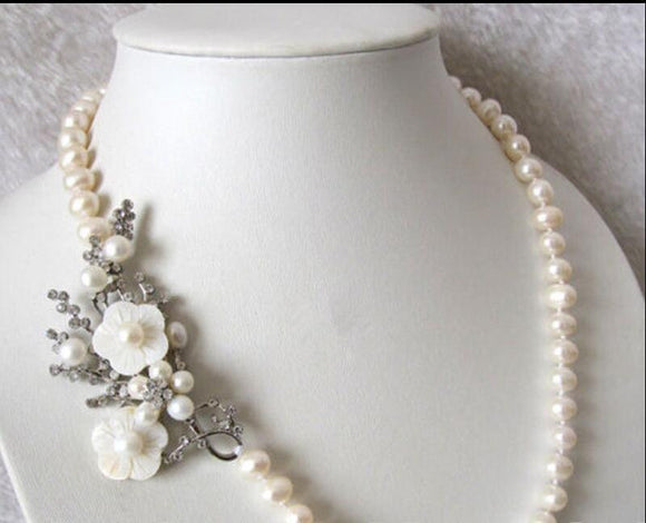 Beautiful Natural 7-8mm White Freshwater Pearl Necklace Shell Flower Clasp 20