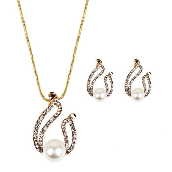 Top Sales Elegant Design Crystal Water Drop Necklace And Earrings