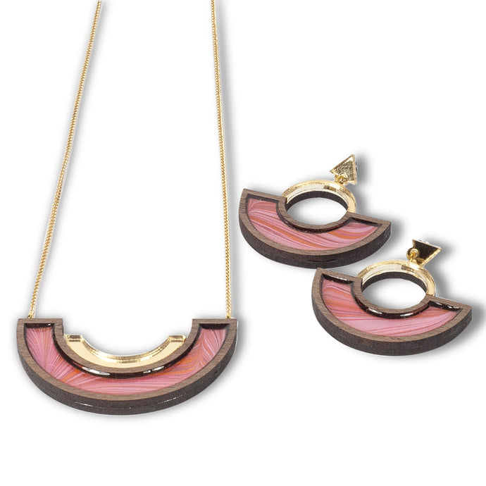 Necklace and Earring Set in Peach pattern