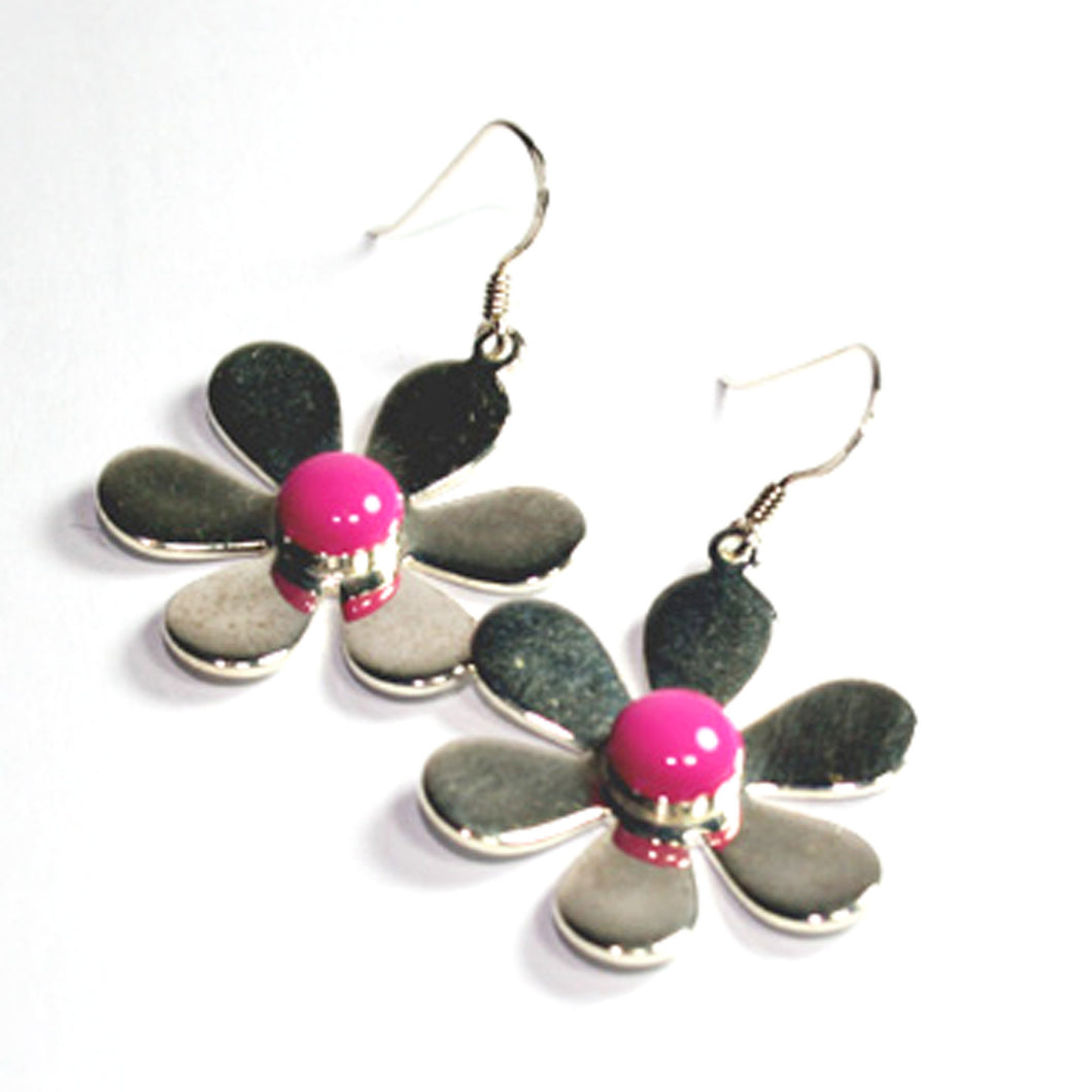 Daisy Earrings Bright Pink
