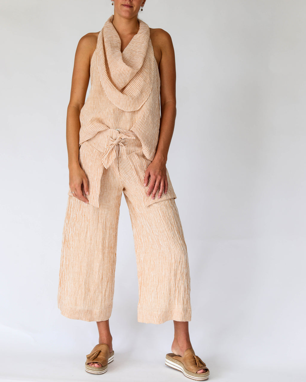 Tiff 3/4 Pant in Gold Stripe Linen