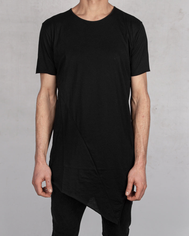 Army of me - Asymmetric hem t-shirt black - Stilett.com