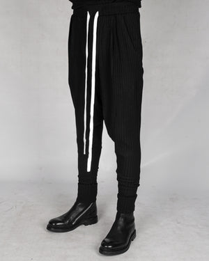 Atelier Aura - Osk drawstring trousers - https://stilett.com/