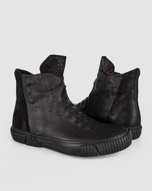 Both Paris - Rubber covered High-top Black - https://stilett.com/