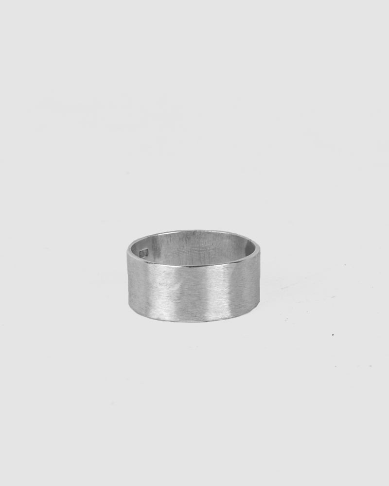 Engnell - Blank silver ring - https://stilett.com/