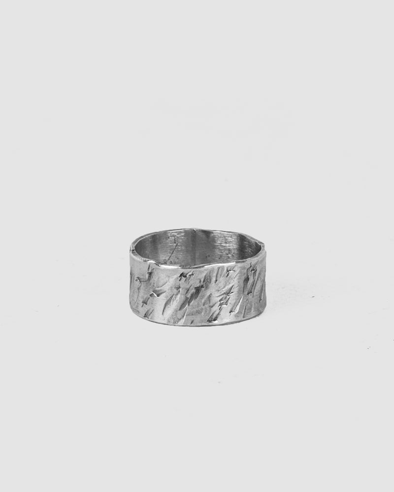 Engnell - Rugged oxidized silver ring - Stilett.com