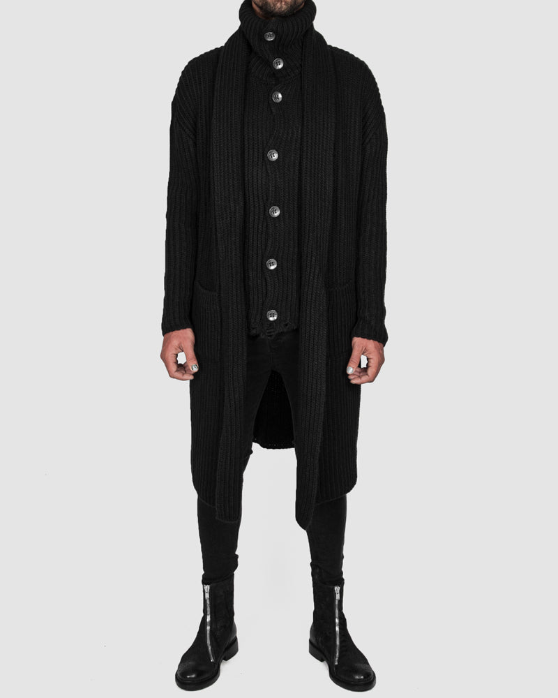 La haine inside us - Knitted long buttoned cardigan - https://stilett.com/