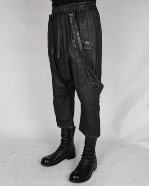 La haine inside us - Laminated suspender trousers - https://stilett.com/
