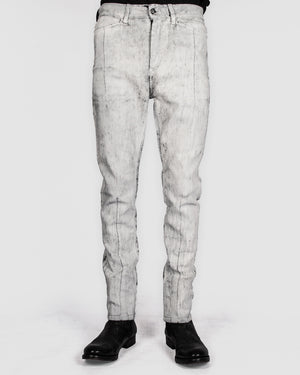 Leon Louis - Dart cut jeans - White crackle paint - https://stilett.com/
