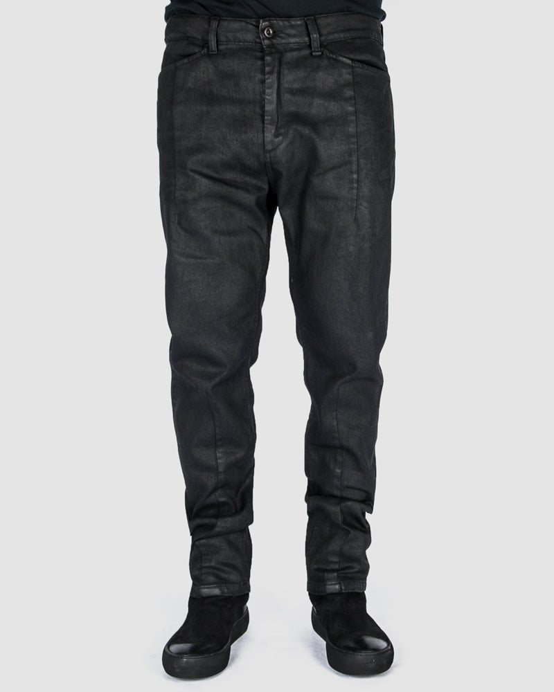 Leon Louis - Waxed dart cut jeans - https://stilett.com/