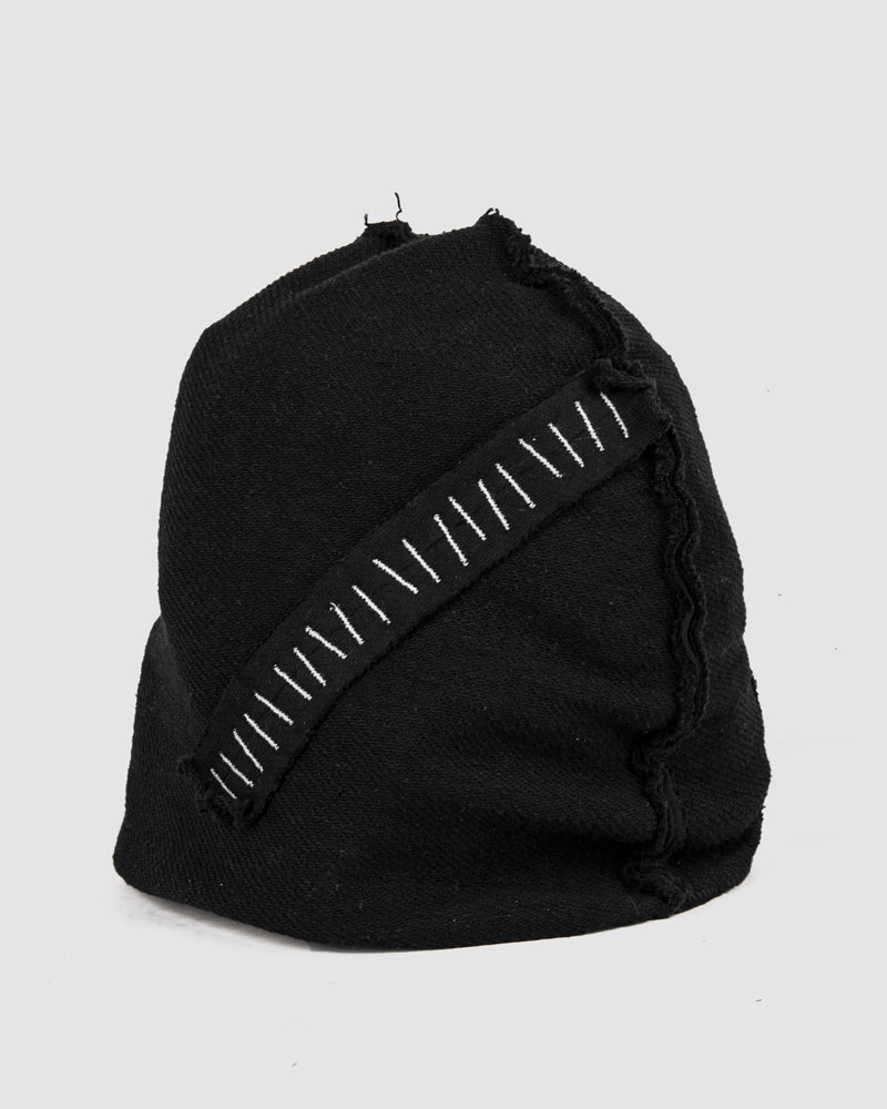 Object - Arc thread stitched beanie - Stilett.com