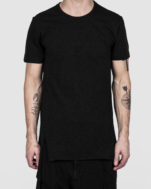 Xagon - Asymmetric real cut tshirt black - Stilett.com