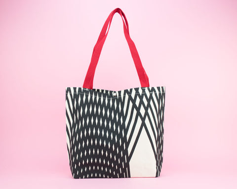 Essential tote for life and large knit projects