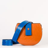 Sac demi-lune / The half-moon bag (orange)