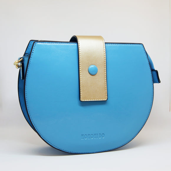 Sac demi-lune / The half-moon bag (light blue)