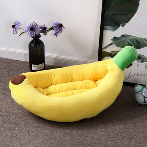 Banana Warm Kennel for Small Dog
