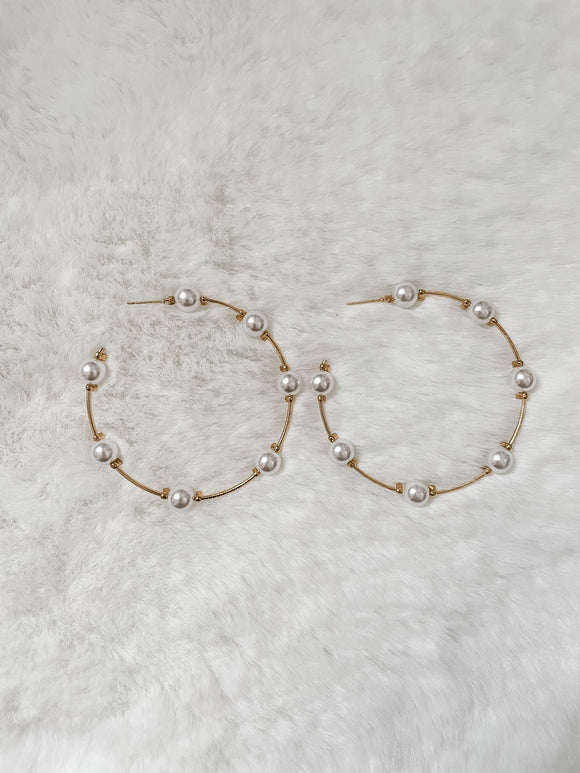 Katie Pearl Hoop Earrings