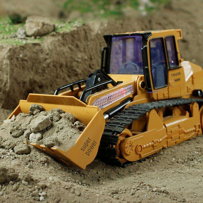 RC Truck 6CH Bulldozer Caterpillar Tractor Model With USB Charging Cable