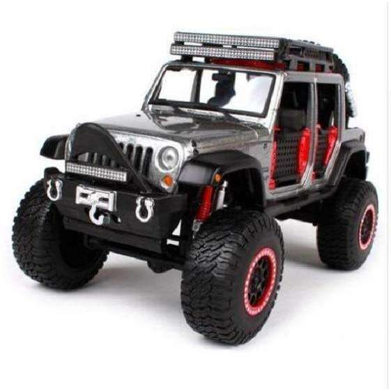 2015 DIECAST MODEL OFF ROAD KING JEEP WRANGLER Unlimited