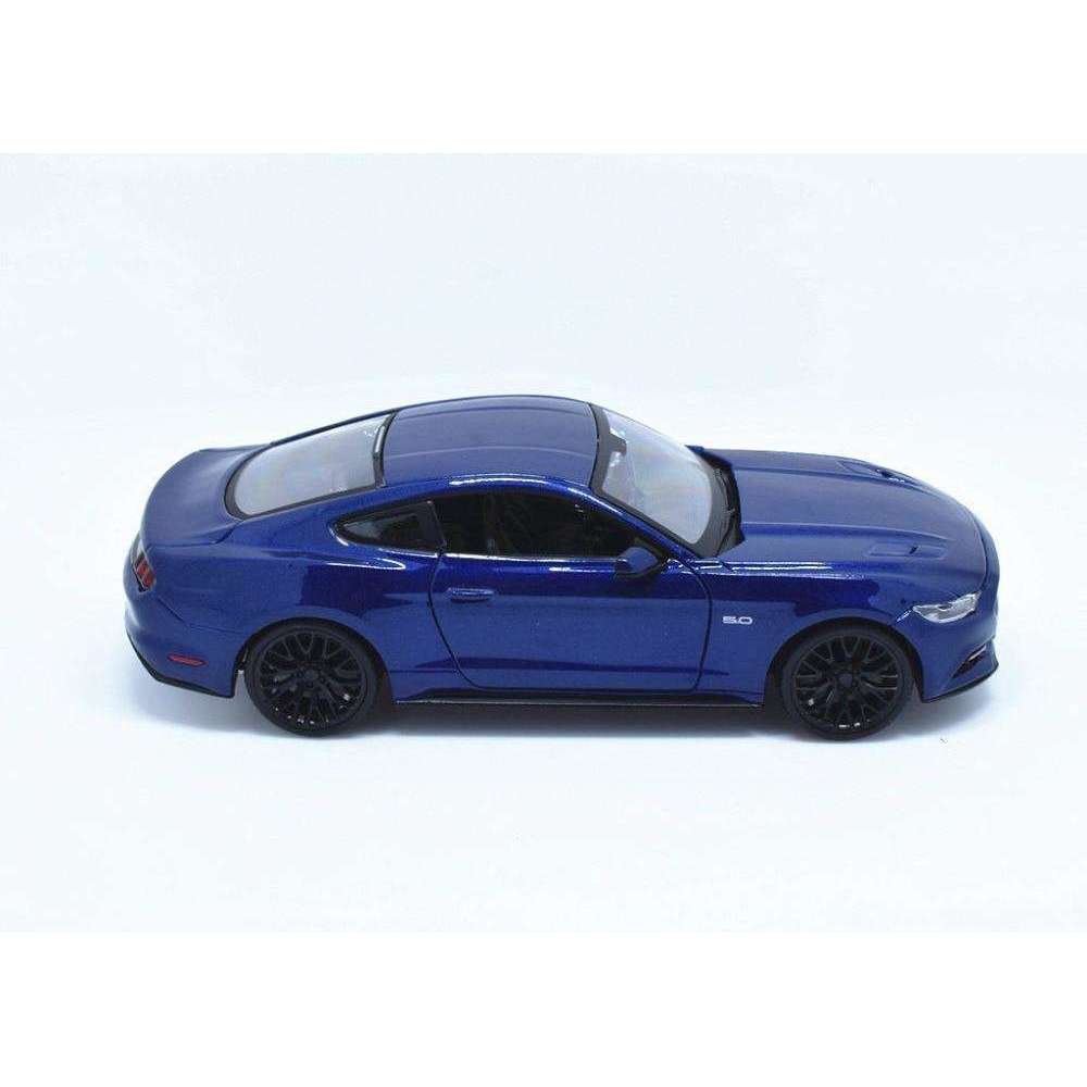 Diecast Model 2015 Ford Mustang GT 5.0 Sports Car