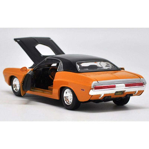 1970 Diecast DODGE CHALLENGER Model Racing Car