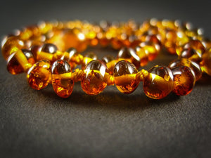 amber teething necklace, cognac polished beads, plastic screw clasp, healing, succinic acid, genuine baltic amber, for babies and nursing mums, zoom, made in poland