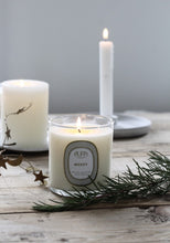 Aura Everyday Candle Merry - Holiday Blend