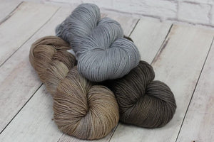 Knitting Kit Neutral