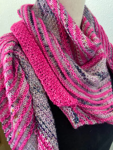 Hug Shot Shawl Knitting Kit Casapinka