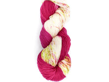 Queen Of Roses - Baah Yarn Shasta