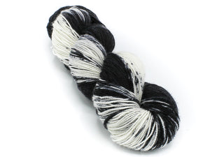 Tuxedo - Baah Yarn La Jolla - Dipped and Dappled Series